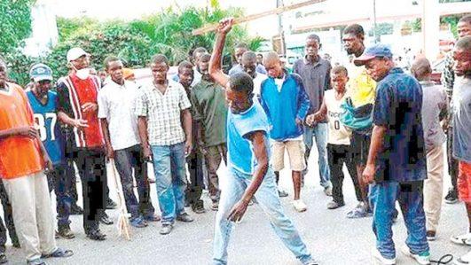 suspected kidnapper beat to death in Ekiti