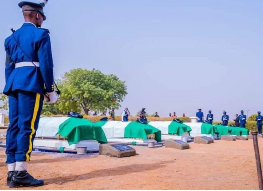Nigerian Air Force buries officers